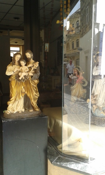 Shop where religious statues are painted or restored